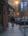 Blíží se jaro? Zvlášť odolní cyklisté se už objevují na chodníku